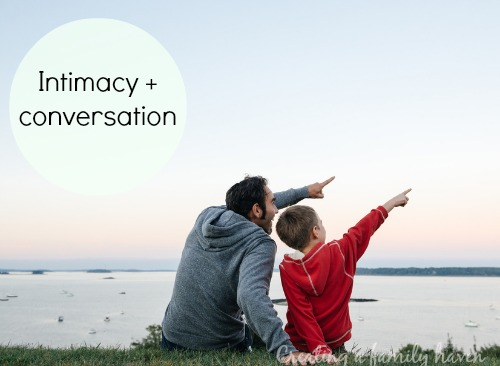 Look intimacy and conversation